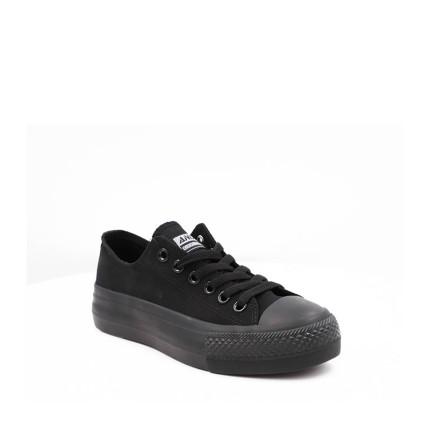 Andy-Z modelo AW0156 en negro, suela negra y lona negro