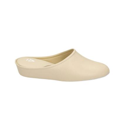 Zapatillas de piel para mujer con piso silencioso fabricadas en Menorca
