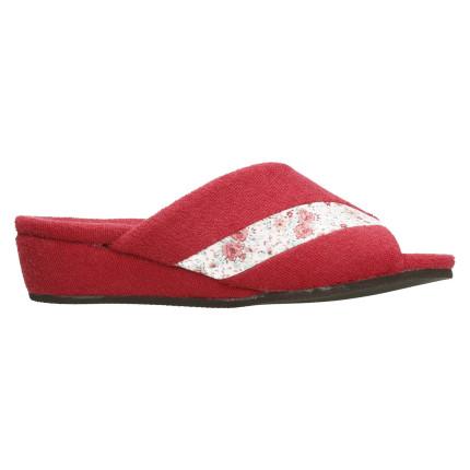 Zapatillas de casa de verano con cuña forrada al tono y plantilla anatómica en color rojo oporto