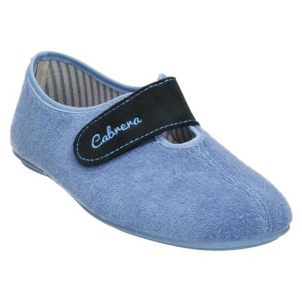 Zapatillas de casa de primavera cerradas con una tira de velcro y material en toalla azul